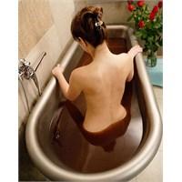 Çikolata Aromalı Banyo ?