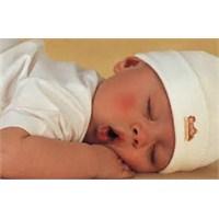 Bebeğinizin Kolay Uyuması İçin