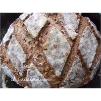 Ay Çekirdekli Yedi Tahıllı Ev Ekmeği