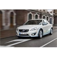 Volvo Elektrikli Araçlarına Kablosuz Şarj Edilebil