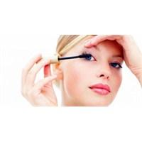 Göz Makyajı İçin Pratik Çözümler