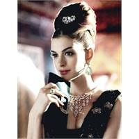 Bir Masal Perisi; Anne Hathaway