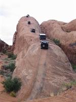 Dağlara Tırmanan Hummer Jeepler