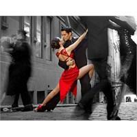 """""""Tangonun Büyüsü"""" Aşkın Ve İhtirasın Büyüsü..."""