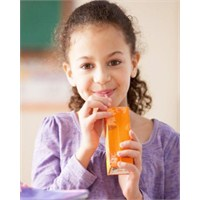 Okulda Hastalık Riskine Karşı Meyve Suyu