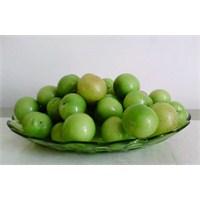 Fit Ve Sıkı Vücut İçin Yeşil Erik