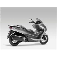 Honda Nss300 Forza'ya İlk Bakış