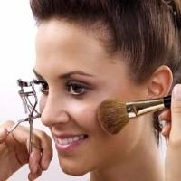Makyaj Nasıl Yapılır - Makyajın Zararları