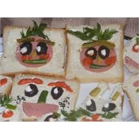 Mini Mini Ekmekler Pek Şekerler:))