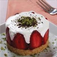 Çilekli Mini Pasta