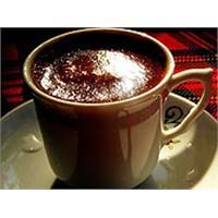 Kahvedeki Kafein Yüksek Tansiyon Yapar Mı?