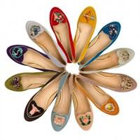 Charlotte Olympia'nin Burç Figürlü Ayakkabıları!