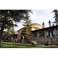 Eskişehir'in En Güzel Yapılarından Kurşunlu Cami