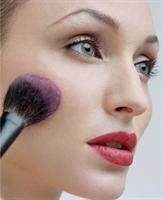 Hızlı Ve Doğal Görünümlü Makyajın Sırları…