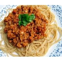 İtalyan Usulü Kıymalı Spagetti