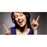 Şarkı Söylemek Dil Öğrenmeyi Kolaylaştırıyor