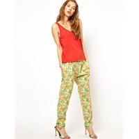 Yaz İçin Bayan Pantolon Modası