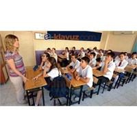 Okullardaki Kılık Kıyafet Nasıl Olacak?
