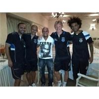 Roberto Carlos'tan Fb Kampına Ziyaret