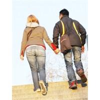 İlişkimde Neden Özgüven Eksikliği Yaşıyorum?