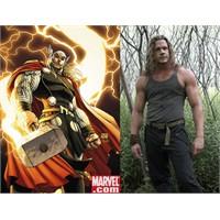 Thor Geliyor (2011)