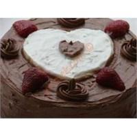 Dondurmalı Kağıt Helva Pastası (Resimli)