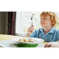 Çocuğunuz Yemek Mi Seçiyor