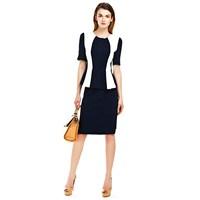 Tam Bir İş Kadını Modası Olan Ceketler