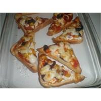 Fazlıkızından Pratik Pizza