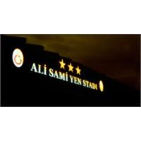 Galatasaray Ali Sami Yen'e Veda Ederken Videolu