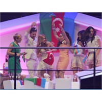 Eurovision 2011 Azerbaycan Birinci Oldu