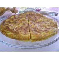 Sabah Keyfinde Patatesli Pirinçli Omlet
