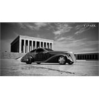 Rolls Royce'de Türk Tasarımcı Uğur Şahin Esintisi
