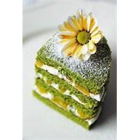 Fıstıklı Yeşil Pasta