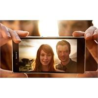Sony Yine Yaptı Yapacağını Xperia Z
