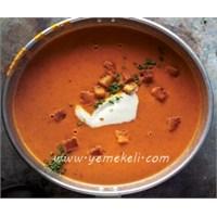 Kremalı Domates Çorbası Yapılışı