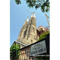 Senelerdir Bitmeyen Kilise - Sagrada Familia