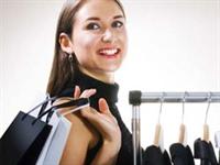 Kadınlar Alışverişte 385 Kalori Yakıyor
