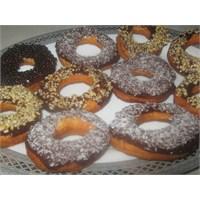 Enfes Çikolatalı Donuts