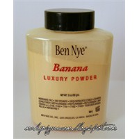 Ben Nye Luxury Banana Powder