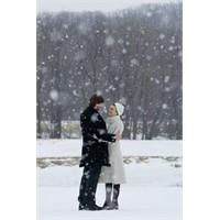Kar Yağıyordu Yumuşacık
