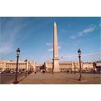 Paris'in Ünlü Meydanı - Concorde Hakkında Bilgiler