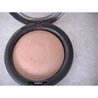 Mac Mineralize Skinfinish Medium Plus