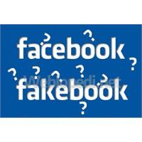 Facebook Görünümlü Fakebook!