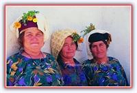 Süslü Kıyafetleri İle Çomakdağ Kızılağaç Köyü Kadı