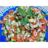 Kaşık Salata Tarifim