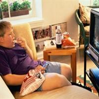 Televizyon Çocukları Obez Yapıyor