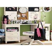 Çocuk Odası Çalışma Masası Alanı