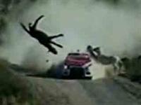 Rally Pistinde Görünmez Kaza