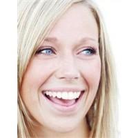 Evde Doğal Yollarla Diş Beyazlatma Ve Öneriler